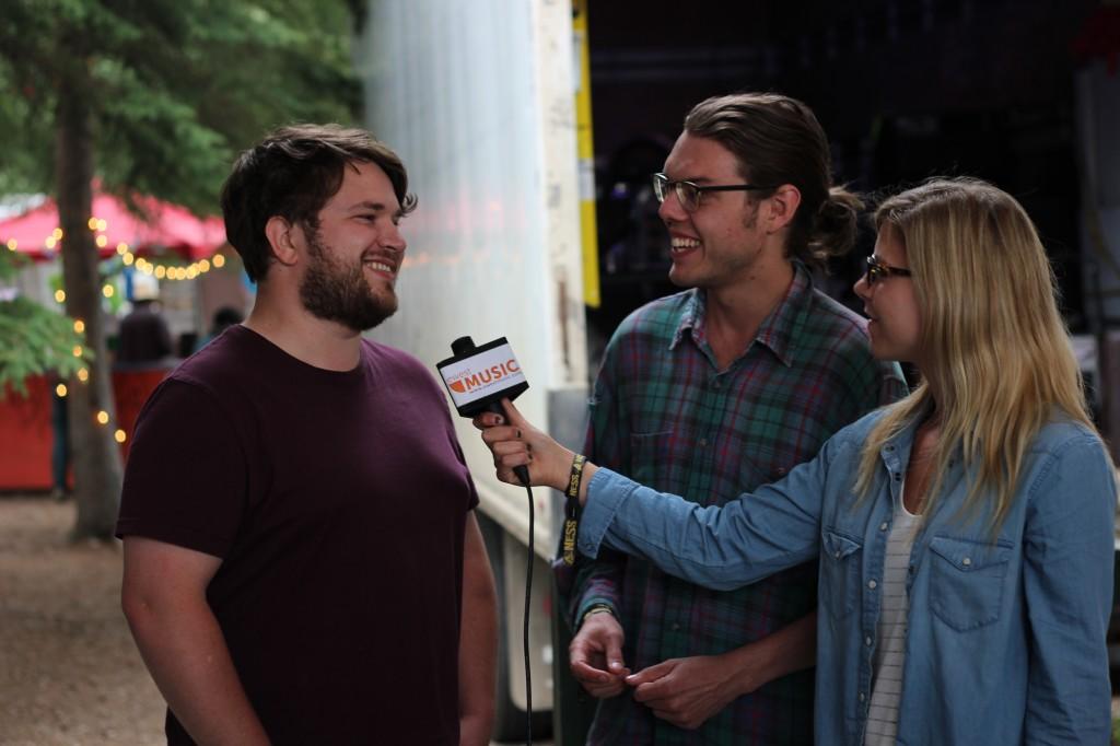 Shelby Lechman interviewing Indigo Joseph (Photo by Daryl Uhrin)