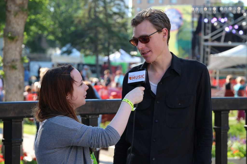 Hillarie Wilson interviewing Joel Plaskett (Photo by Kato Ferrer)